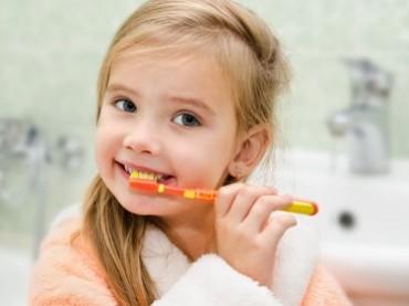 Çocuk diş bakımında en çok sorulan 4 soru!