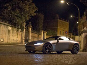 James Bond'un Aston Martin'i sahibini arıyor