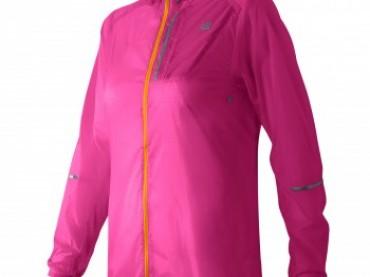 New Balance'tan cebe sığan ceketler!