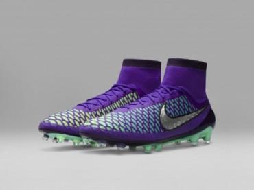 Nike kramponlarda metalik ışıltı