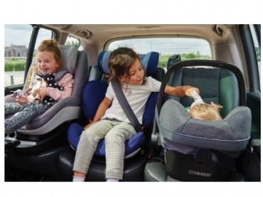 Maxi-Cosi ailelerin güvenle seyahatini destekliyor
