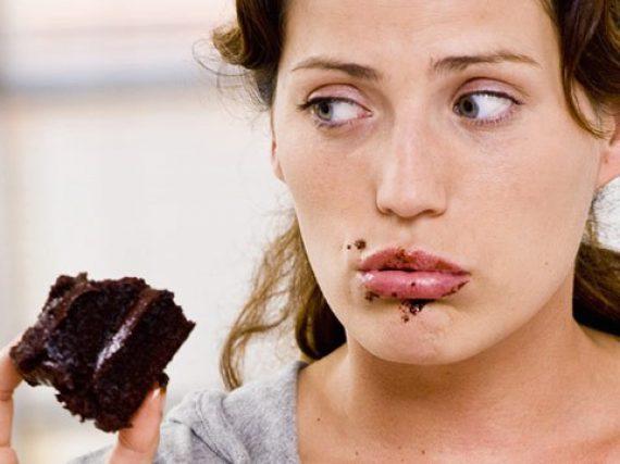 Yeme bozukluğu kadınlarda yaygın!