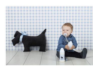 Yenidoğan bebeklere eğlenceli beslenme
