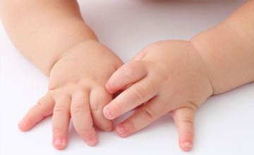 bebeklerin tirnagi nasil kesilmeli